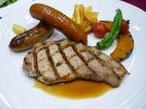 【夕食付】グリル料理の夕食プラン!選べるディナー!■南森町駅(6号出入口)から徒歩1分!■
