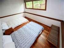 鴇(TOKI)階段を上がって上がリビングしたが寝室のメゾネットタイプ2名専用