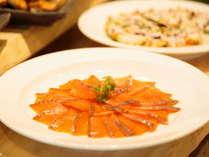 ★【2017.4.28Renewal OPEN!】ビュッフェレストラン~燻製室を併設!自家製海鮮燻製は絶品!
