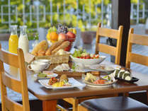 ◆朝食ビュッフェ~和洋約90種のメニューで朝のエネルギーをチャージ!~