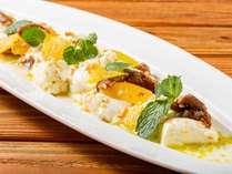 【食欲全開!盛りモリビュッフェ】自家製モッツァレラチーズとドライフルール、ナッツのライムドレッシング