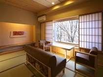 2009年リニューアル 大正モダン12畳和室の一例