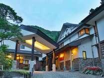 【秘湯めぐり・東屋】奥州三高湯の名湯。歴史ある老舗旅館(徒歩5分・湯めぐり有料)