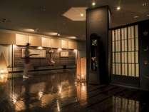 【エントランス】館内は秘湯とは思えない上質かつゆとりのある贅沢な空間が広がります。