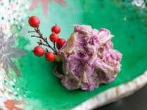 【郷土の味】山形の食用菊「もってのほか」の一品(一例)