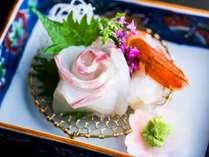 【お造り】旬の魚介を華やかに彩る(一例)