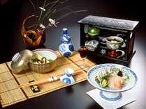 【和のオーベルジュ】料理旅館ならではの趣向を凝らした料理の数々をお召し上がりください