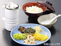 奄美の郷土料理、鶏飯。無料朝食で鶏飯が食べれるなんて驚きです。