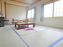 【和室の一例(10畳)】2名様から4名様でご利用いただけます。