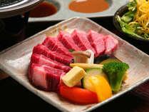 但馬牛ステーキ鉄板焼(イメージ)。地元兵庫県産の柔らかくてジューシーな但馬牛をお召し上がりください。