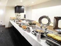 朝食バイキング八島より豊富な種類でお客様をお待ちしております♪
