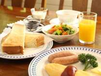 しっかりと食べやすく健康的な朝食を食べてレジャーに出かけよう!