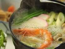 冬はお鍋や煮込みを中心とした季節に合わせたお夕食をご賞味いただけます。