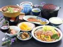 【スタンダード】季節によってメイン料理がかわります。