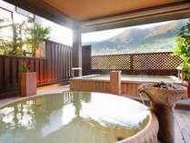喧騒から離れ、良泉に浸りのんびり箱根連山を眺めながら温泉休暇・・!さくらの湯露天(男女入替制)