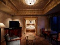 幅183センチのゆとりのベッドを備えるジュニアスイートルームダブル49平米