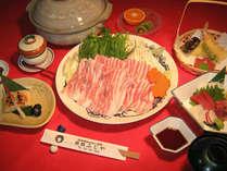 豚しゃぶ膳の写真です。環浜名湖産とこ豚を特製ポン酢と胡麻だれでお召し上がり下さい。