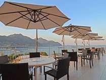 天気がよければ、広大な海が広がるレストランのオープンテラスでのお食事もおすすめ☆