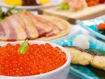 口コミ高評価の朝食には、各レストランのシェフが腕を振るう逸品も