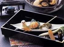 前菜もかわいい♪露天風呂付き特別室「静の海」料理イメージ