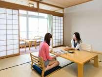 お宿の定番、落ち着きのある和室も人気です。