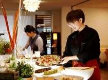 海に囲まれた半島の新鮮魚貝に農業王国渥美の採れたて野菜が並ぶ和食ビュッフェ