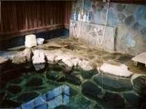 当別荘手作りの露天風呂をご堪能ください。