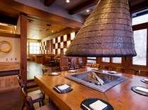 レストラン「メープルリーフ」では蓼科の山の幸や信州の川魚など様々な地のものをお楽しみいただけます。