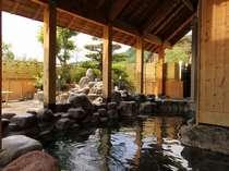 当ホテルに温泉大浴場はありませんが、徒歩2分の「鹿山の湯」を無料でご利用いただけます。