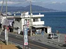 大阪湾を一望できます。