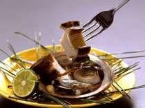 <広間食>おまかせ会席とアワビのバター焼付きプラン