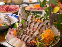 新鮮な魚介を中心に地物の旬な鮮魚をご堪能ください。*写真は地元旬魚の一例イメージ
