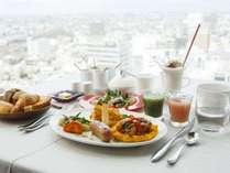 朝食は最上階16階レストランKEIにて、最上階からの眺望もお愉しみください