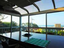 三国の高台から日本海を贅沢に見下ろし、のんびりとコーヒータイム♪