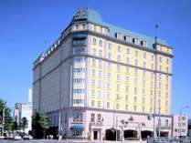英国の雰囲気漂うシティホテルです