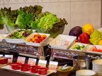 北海道の大地の恵みを使用した和食・洋食を取り合わせたバイキング♪(イメージ)