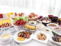35種類以上の無料朝食バイキング!無料なのにこんなにいっ~ぱい♪