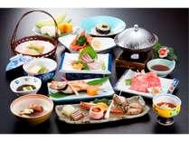 村上牛のしゃぶしゃぶをメインに、日本海の幸や旬の地元食材を厳選した会席料理