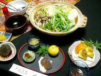 ■天然しし鍋コース(一例) ■天然しし肉のお鍋と、旬の素材や自家栽培の野菜や山菜を使ったお料理も堪能,岐阜県,ラジウム温泉 かすみ荘