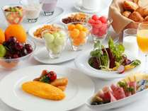 朝食はブッフェスタイルでご用意いたします。
