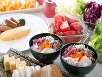 朝食で人気の海鮮丼