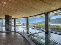 「天然温泉大浴場」眺望の素晴らしい露天風呂、内風呂、水風呂、サウナを完備