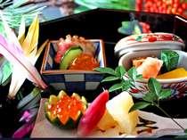 加賀百万石の食文化と料理人の洗練された職人技を心ゆくまでご堪能下さい。