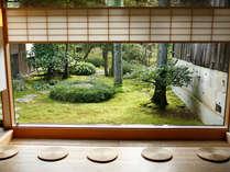 食と芸術の巨人が愛した加賀の味と器をお楽しみください。