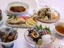 料亭「新保」にて新鮮な磯料理をお召し上がり下さい!