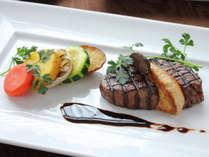 特別な夜に、メイン料理は黒毛和牛のビステッカ