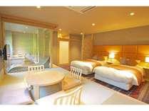 【しろ】3階和洋室でございます。お天気によっては富士山がご覧いただける客室です。