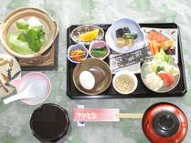 *【朝食一例】体に優しい和朝食。美味しい朝ごはんをどうぞ。