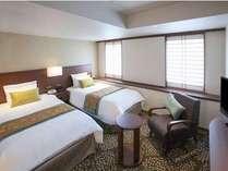 【客室無料グレードアップ】&最大2000円分のホテルクレジット付き (食事なし) 【フロントは16階】