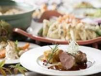 【1泊2食】11月30日まで開催 16階KENROKU 秋のディナーブッフェプラン■フロントは16階■